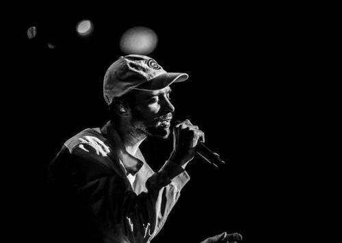 Макс барских впервые публично признался в личной трагедии на концерте в москве