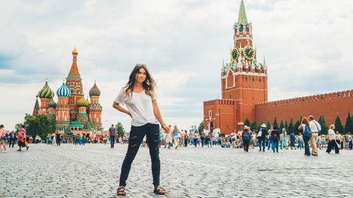 Mbfw russia: показ yulia prokhorova beloe zoloto