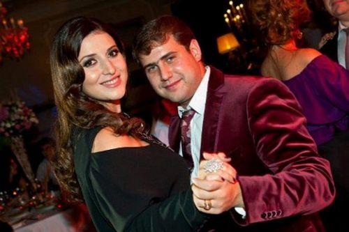 На новый год жасмин уедет к мужу в молдавию