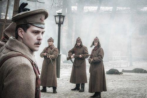 На первом канале начался показ многосерийного фильма «крылья империи»