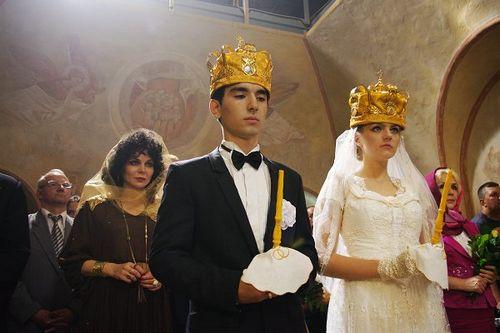 На первом выходит сериал «джуна», основанный на реальных событиях