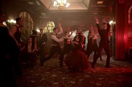 Наставник шоу «танцы», 4 сезон, мигель представил масштабный клип с участием людей в инвалидных колясках