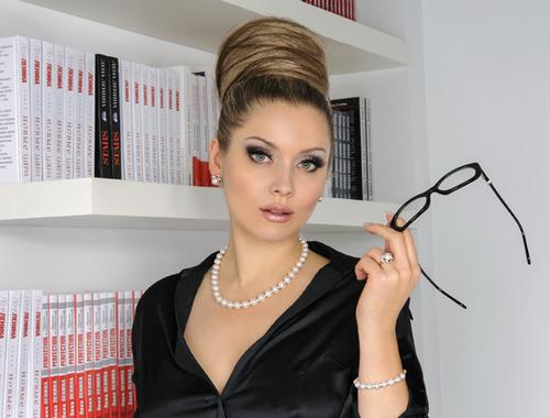 Новый главред womanhit.ru лена ленина: «скоро вы все узнаете»