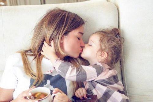 Очаровательная дочь ксении бородиной освоила самокат