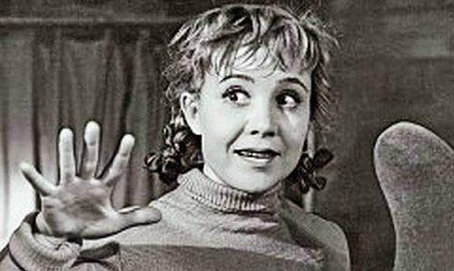 «Одна из девчат»: как надежда румянцева раскрыла в себе комедийный талант