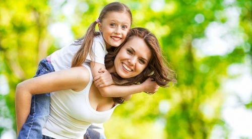 Перекус на свежем воздухе: чем накормить ребенка с пользой?