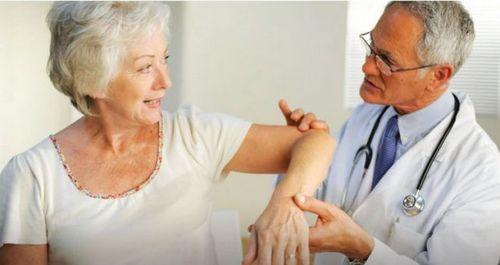 Переломы костей и кальций в пожилом возрасте