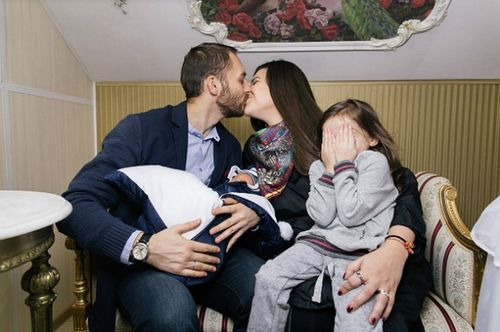 Победительница 16-го сезона «битвы экстрасенсов» виктория райдос рассекретила имя новорожденного сына