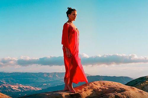 Появились новые кадры и саундтрек к фильму «валериан и город тысячи планет»