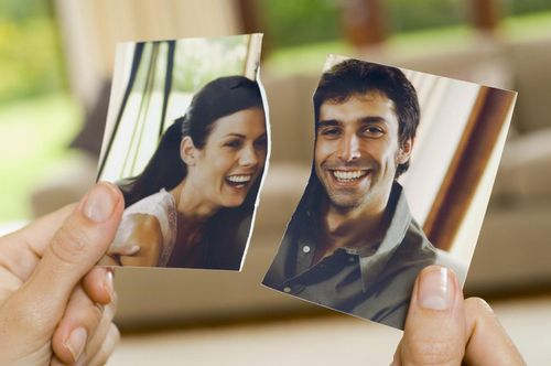Разводы и расставания: что случилось с голливудскими парами?