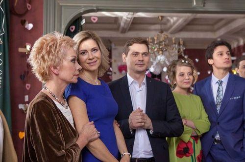 «Россия 1» покажет мелодраму «приличная семья сдаст комнату» с анной невской в главной роли