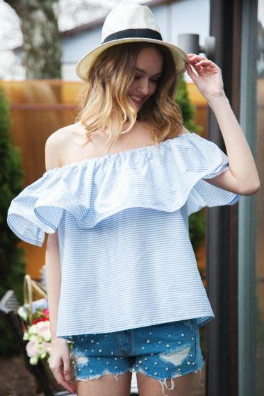 С чем носить платье-комбинацию: 20 стильных образов длялета