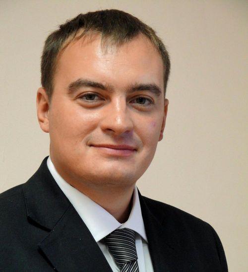 Сергей безруков представил первый сингл созданной им рок-группы «крестный папа»