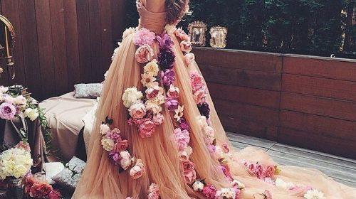 Шикарные платья с цветами