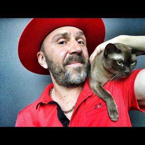 """Шнуров станет """"главным котиком страны"""": что нового в жизни звезды?"""