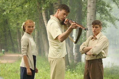 «Снайперы. любовь под прицелом»: арнтгольц и ланская прошли военную подготовку