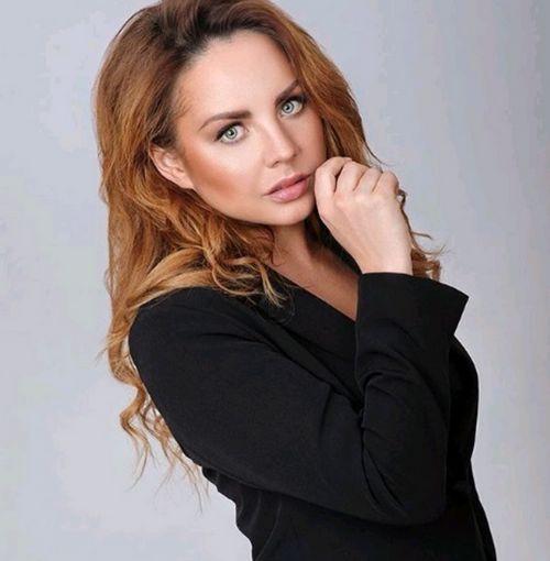 Спортсменка, певица и модель саша жулина: что мы знаем о дочери татьяны навки