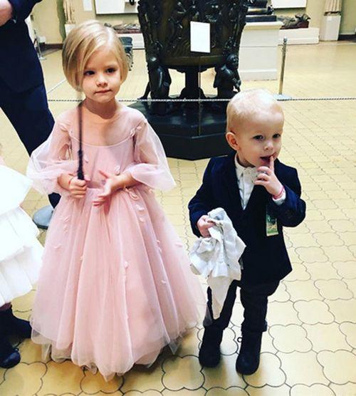 Тимати и алена шишкова воссоединились на праздновании дня рождения дочери