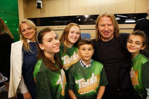 Виктор дробыш предложил устроить суперфинал для победителей шоу «ты супер!» и «голос. дети»