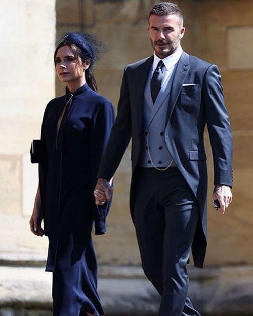Виктория бекхэм нарушила дресс-код на свадьбе принца гарри и меган маркл
