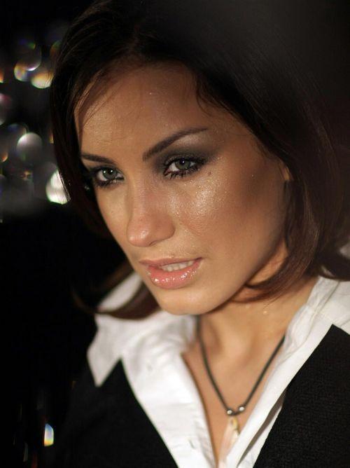 Виктория дайнеко, ирина тонева, ирена понарошку и другие на открытии косметического бутика