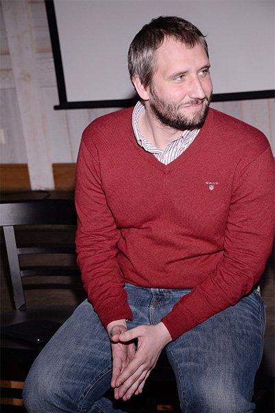 Владимир хотиненко посоветовал юрию быкову привыкать к критике