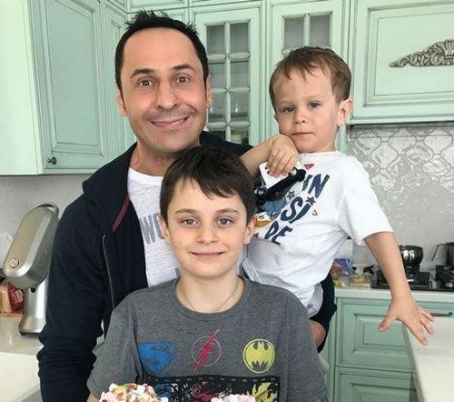 Жена стаса костюшкина поделилась свадебным видео вдень 10-летия семейной жизни