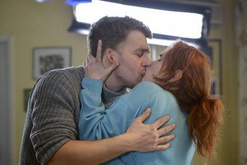 Звезда сериала «долгий путь домой» снялась в мелодраме «опять замуж» канала «россия 1»