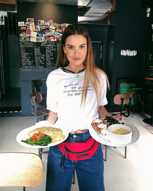Звезда шоу «холостяк» дарья клюкина ответила хейтерам, что работает по 12 часов в сутки