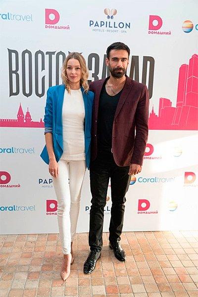 Звезда «великолепного века» аднан коч развелся с женой во время съемок в российском сериале «восток – запад»